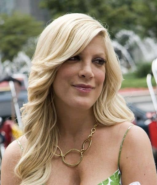 Tori Spelling Sues Benihana For Burn Injuries From Falling On Hibachi Grill