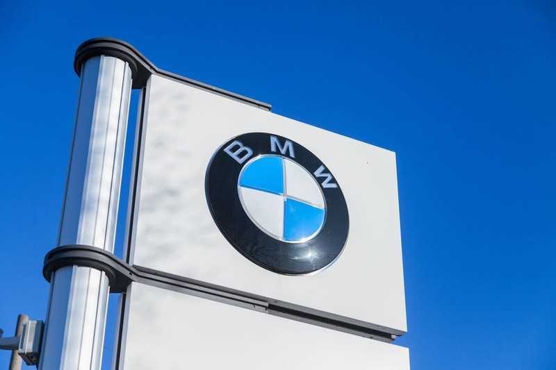 BMW Recalls 184,000 Cars Due to Fire Risks