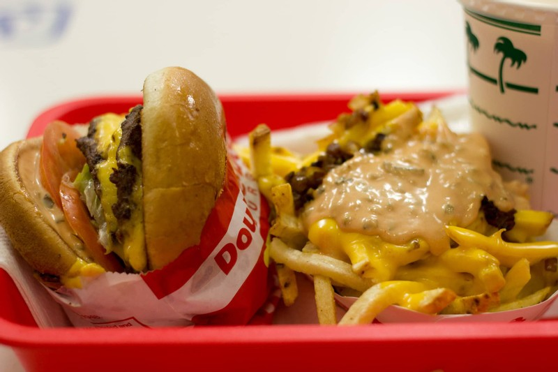 Members of College Softball Team Sickened after Eating at Livermore In-N-Out Burger