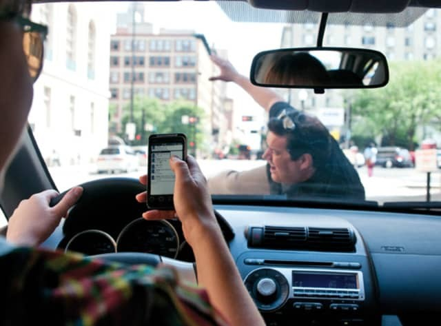 New California Distracted Driving Law Will Penalize Drivers Texting or Holding a Phone